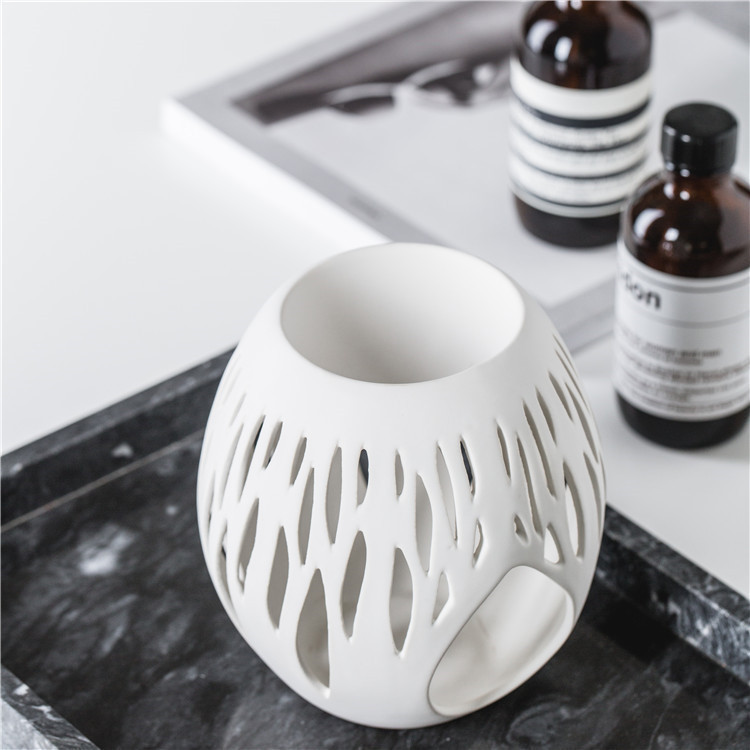 Fancy matte white hotel decoration pieces cheap wholesale home decor ceramic incense wax burner for tealight candle