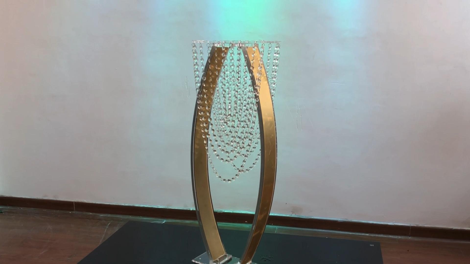 New wedding decoration centerpiece gold acrylic crystal  flower stand