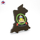 Longzhiyu 13 years china supplier professional custom souvenir logo wooden plaque irregular honor shield
