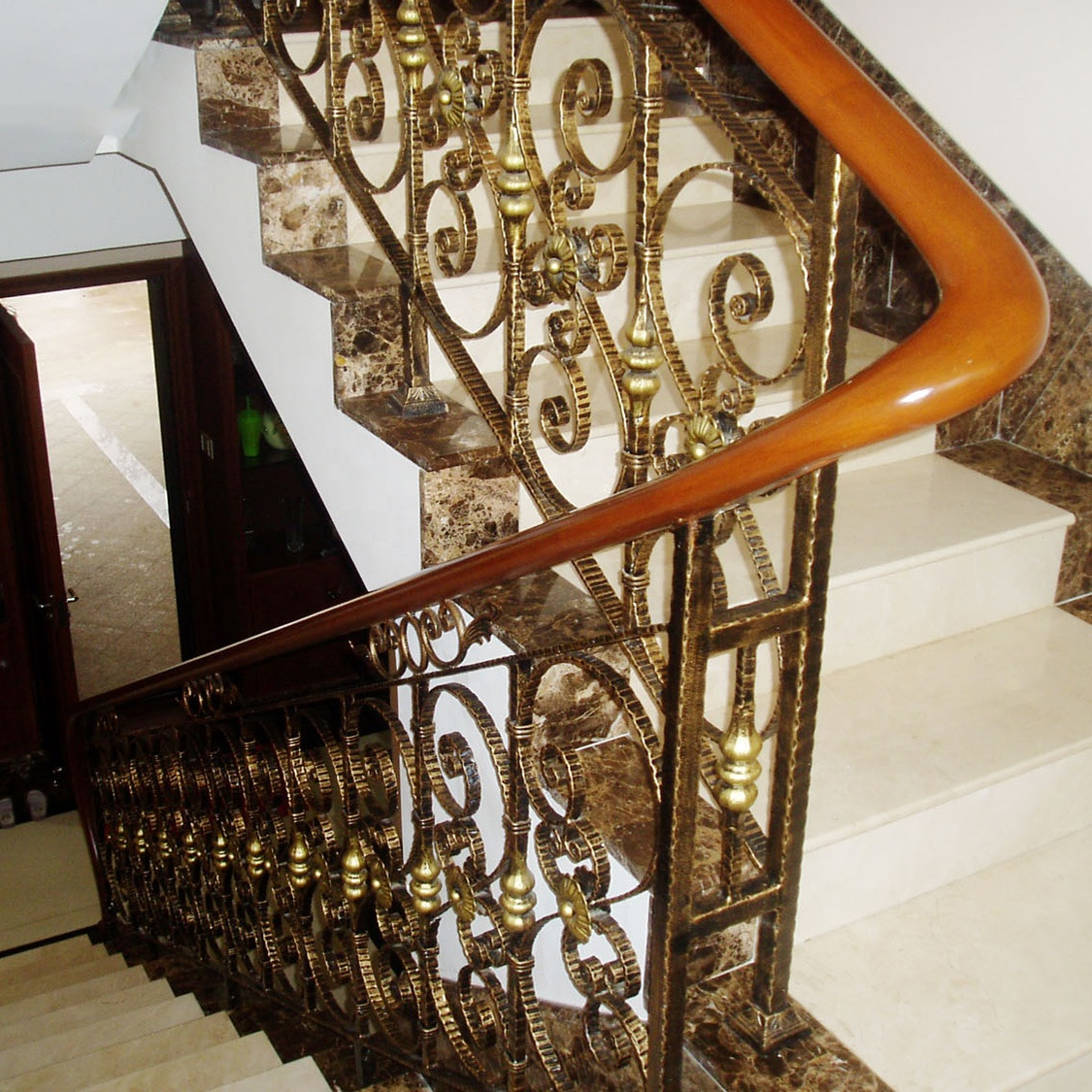 Luxury Steel Handrails Staircase Indoor Gold Color Stair Handrail