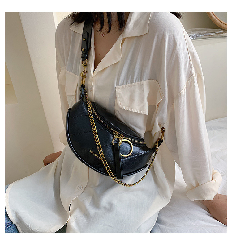 New style European and American fashion chain bag Chain  chest bag    waist bag