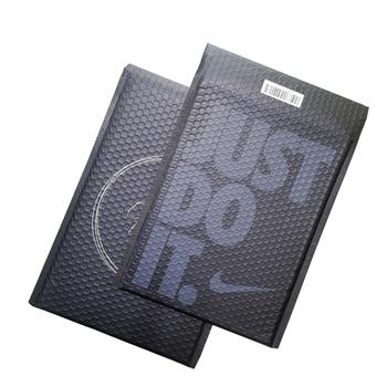 bolso cartero negro 1 Velaire