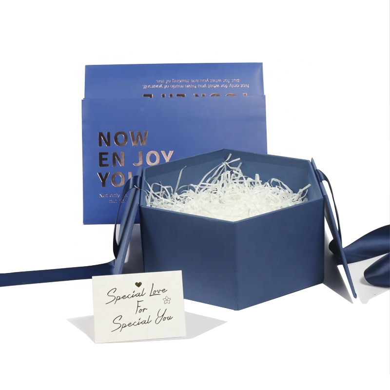 Özelleştirilmiş high-end hediye paketleme kutuları çevre dostu hediye kutusu ile şerit