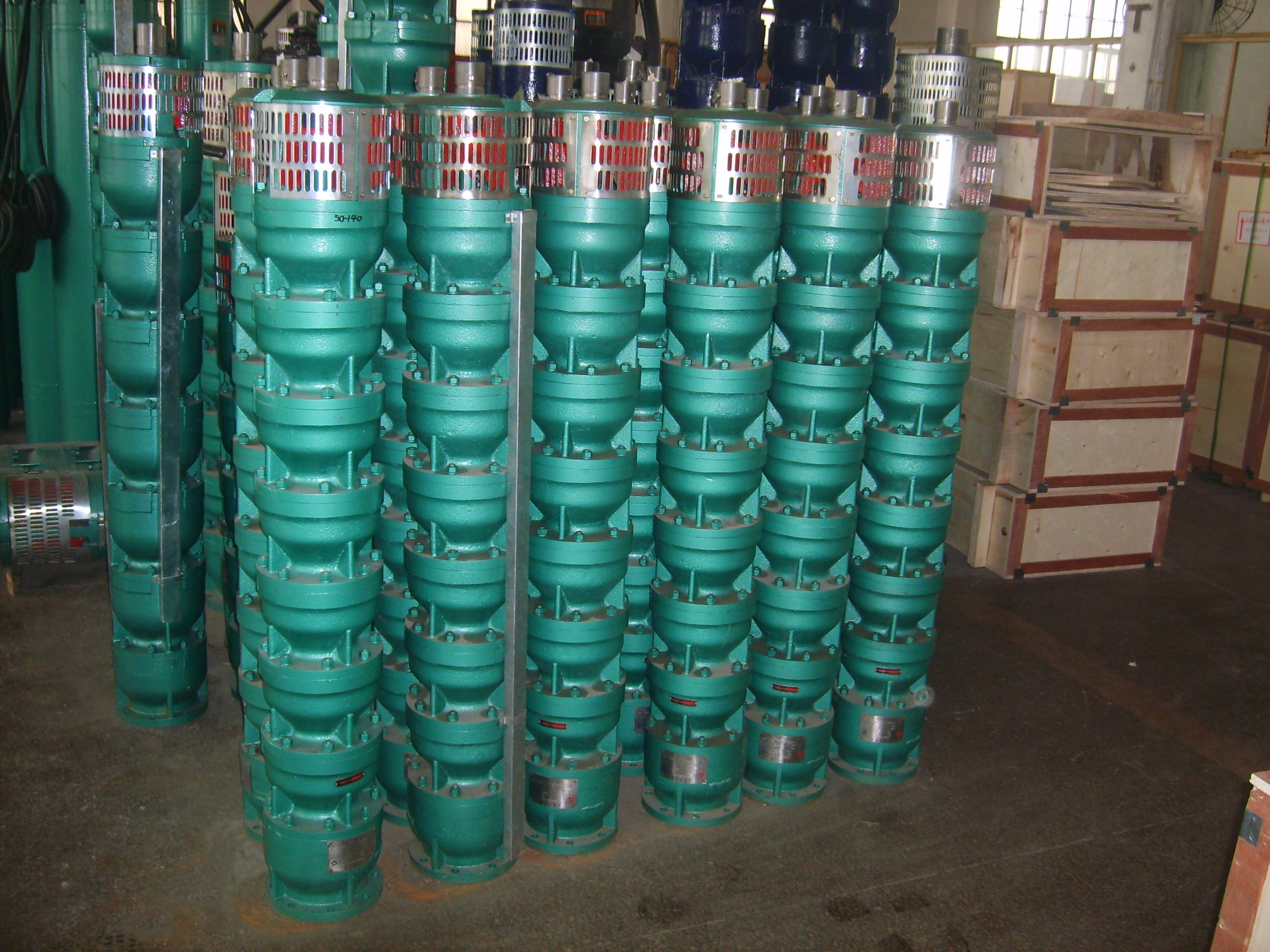Easy to use, easy to operate, easy to install deep well submersible  pump, cheap price QJ pump