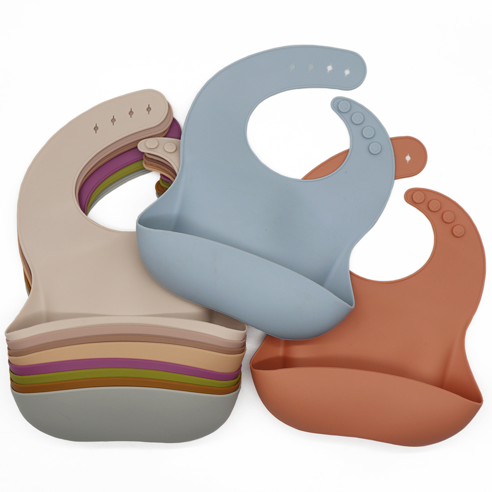 Customized Waterproof Bibs With Crumb Catcher Reusable Baby Teething Toddler Bibs Silicone