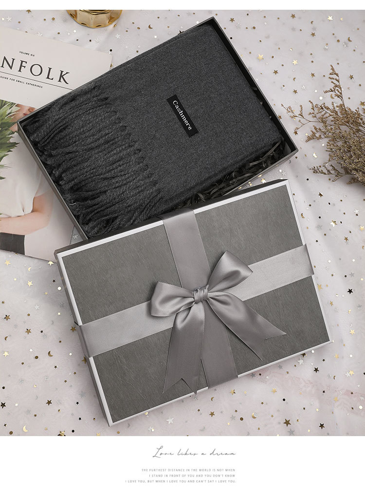 Premium cardboard special paper chapstick fragrance belt scarf packaging gift box with bow