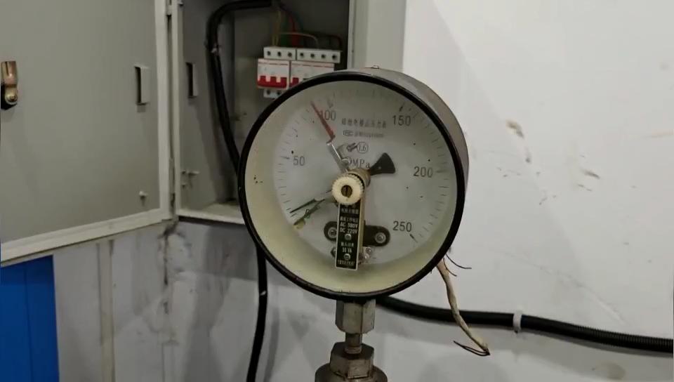 ISO 9809-1 Standar Sertifikasi TUV Tangki Gas Helium Balon Oksigen Silinder Penggunaan Industri Harga Gas Nitrogen