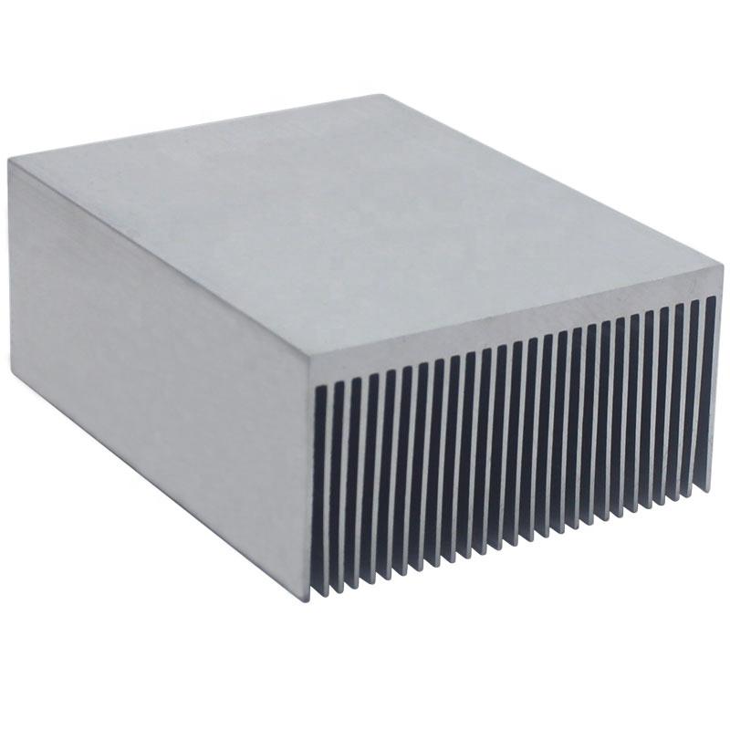इलेक्ट्रॉनिक रेडिएटर एल्यूमीनियम घने दांत Heatsink Extruded गर्मी सिंक कंप्यूटर पानी शीतलन प्रणाली 100x69x36MM