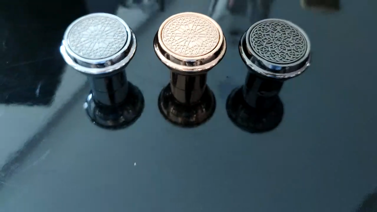 15 milímetros Personalizável fazer o seu próprio logotipo da marca da embalagem do perfume black gold chrome luxo zamac cap perfume