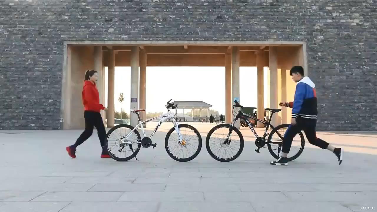 2020 fabrika fiyat dağ bisikleti erkekler için mtb bisiklet/çelik dağ bisikleti/26 inç yokuş aşağı dağ bisikleti