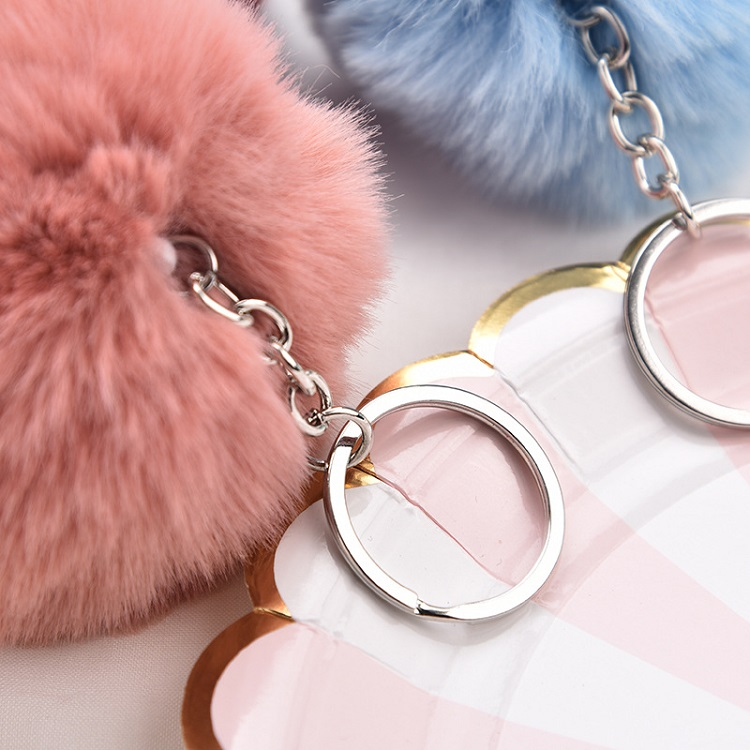 Colorful Wholesale Puff Ball Keychains Plush Fur Ball Keychain Princess Pom Pom Keychain