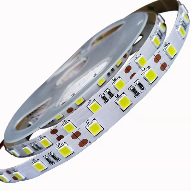 Alta efficienza luminosa di alta-display di barretta 5 M/ROLL SMD5050 60 Led per metro width10MM 3 once DC12V /24V luce di striscia