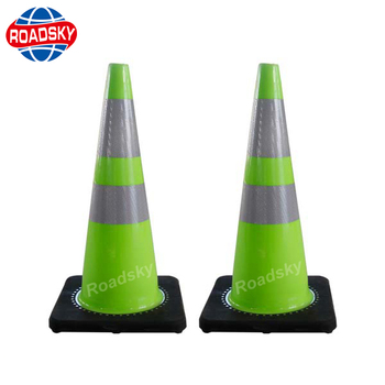 Chinese factory Mini Traffic Cone LED Flashing light Glow In The Dark with wholesale price