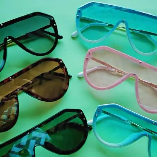 ¡Nuevo diseño 2019! gafas de sol modernas de alta calidad para mujer