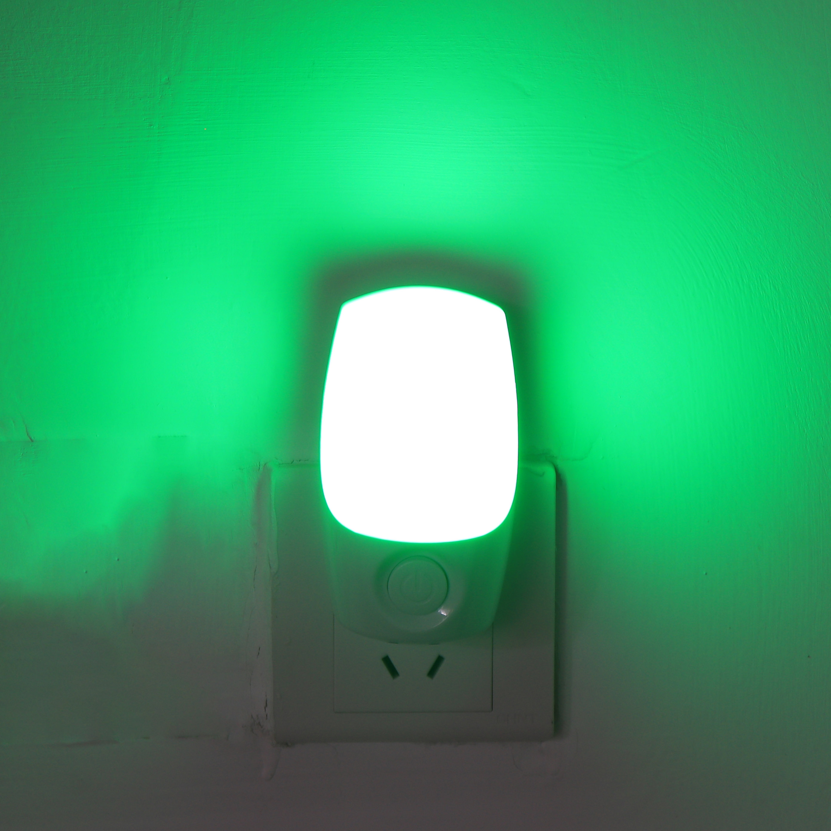 Atmosphere USA Plug RGB Auto sensor toilet LED night light color changing for toilet