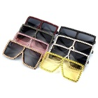 2020 Trendy Luxury Women Oversized Pc Diamond Frames UV Lens Sunglasses