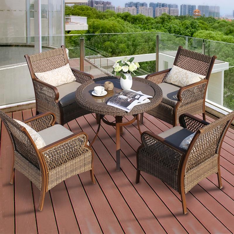مجموعات أثاث حديقة الفناء في الهواء الطلق الروطان طاولة الطعام كرسي 4 مقاعد الخوص 5 قطعة حديقة