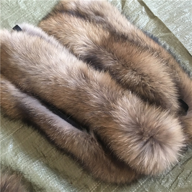 Women oversized raccoon fur shawl collar