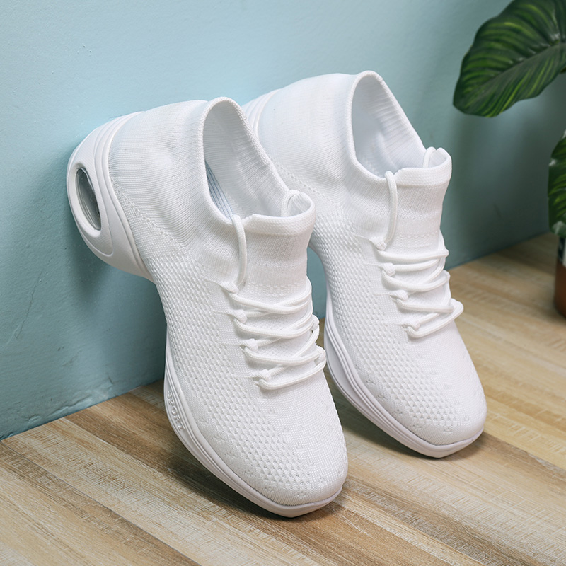 2020 New Sports Feature Soft Outsole Dance Shoes black white socks Sneakers For Woman Practice Modern Dance Jazz Shoes