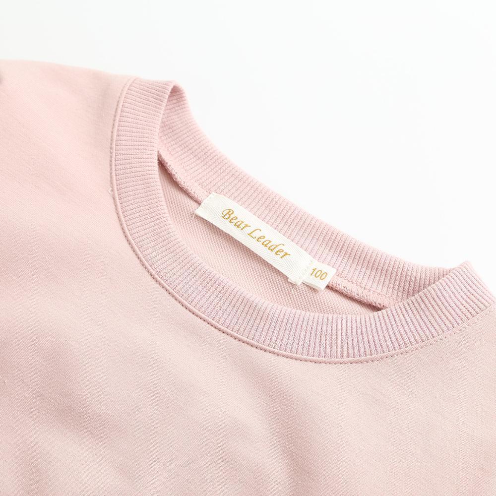 الفتيات تي شيرت جديد الخريف الاسلوب المناسب الفتيات أرنب أبلى طويلة الأكمام الكرتون تصميم نمط الجزرة الصغيرة للملابس