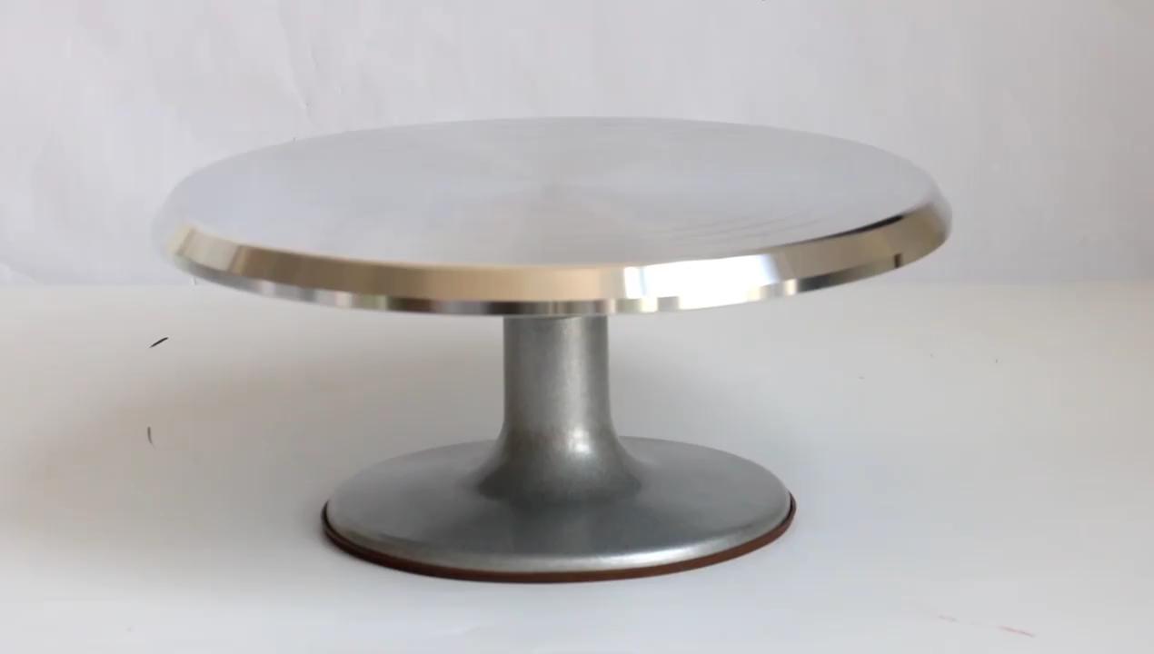 Üretici döner kek dekorasyon modelleme aracı metal kek pikap standı ile fabrika tedarikçisi ve aksesuarları depolama