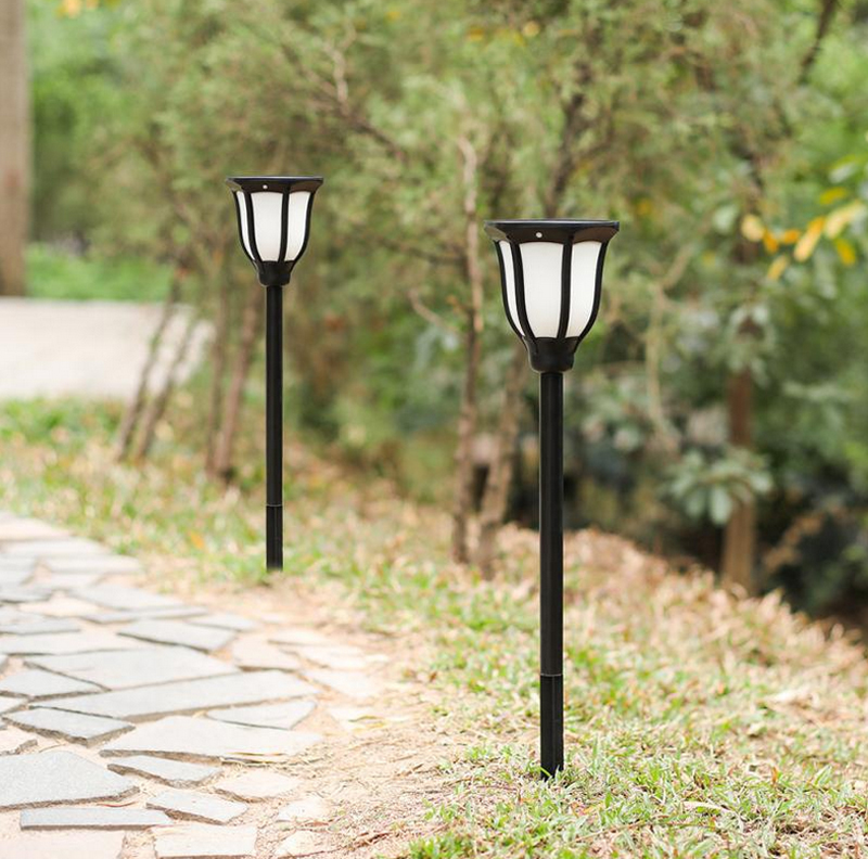 Solar Lights IP65 Flickering Flames Torches with Auto On/Off Dusk to Dawn for Christmas Lights Decoration Landscape Decoration