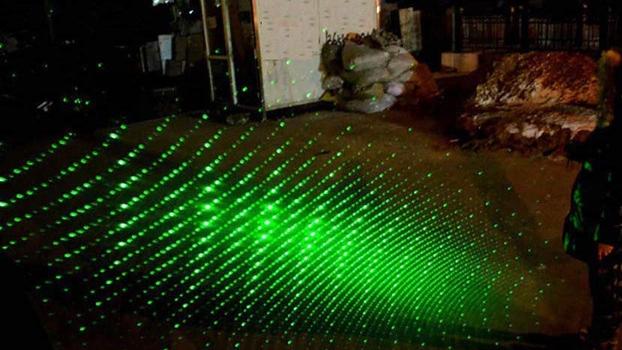 532nm Hijau Daya Tinggi Berburu Terbakar LAZER Lampu Laser Pointer 303