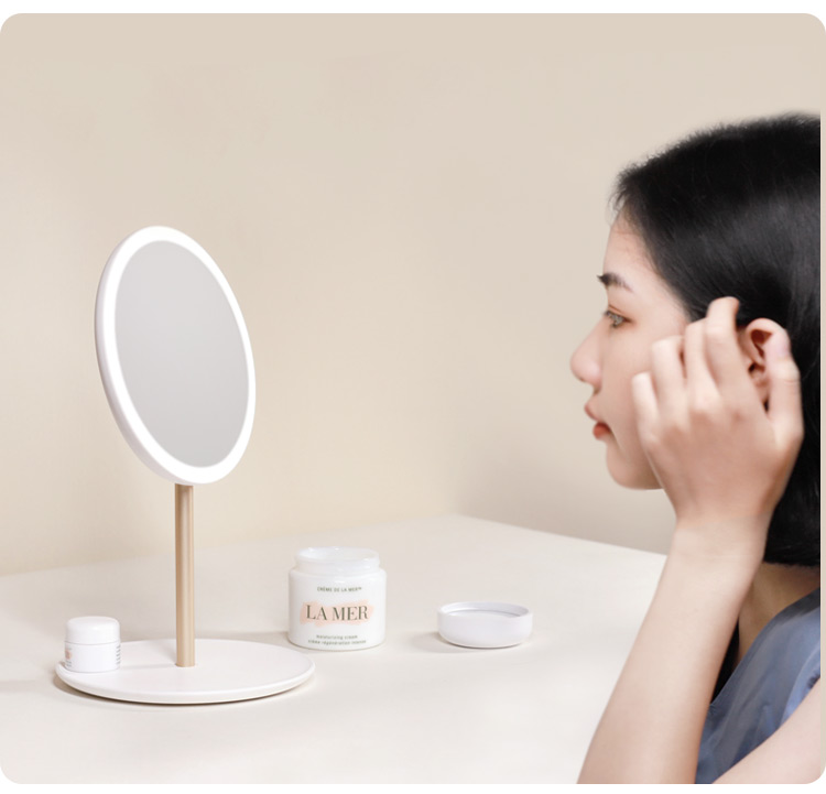 New Mini Foldable Mirror With Led Lights For Traveling
