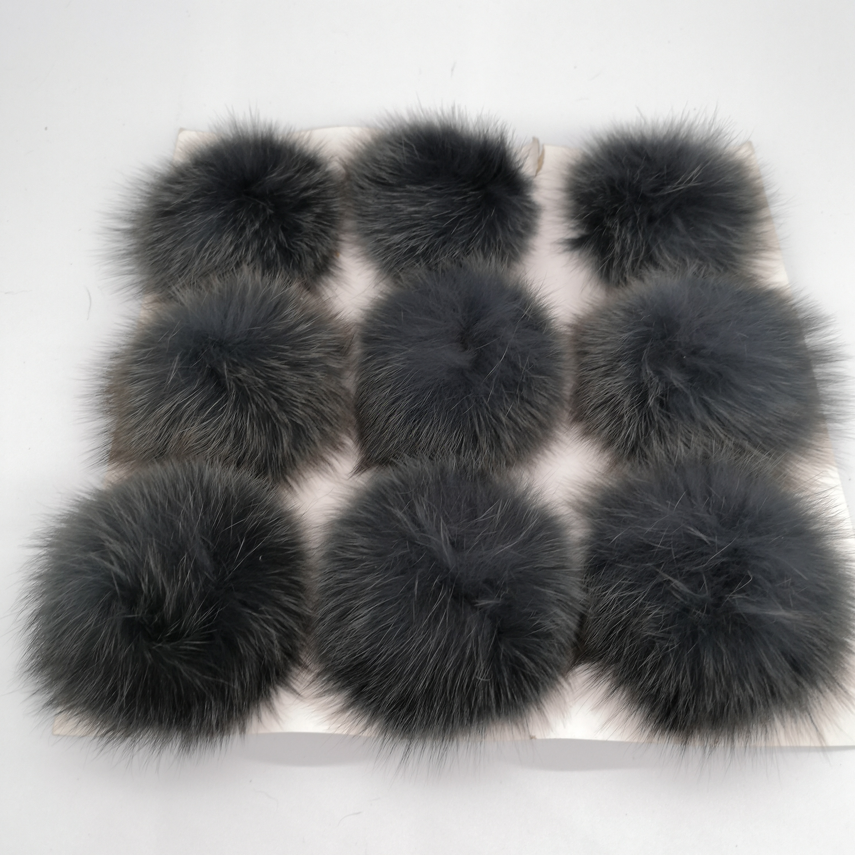 Colorful wholesale super soft real rabbit <strong>fur</strong> pompom for <strong>keychain</strong>