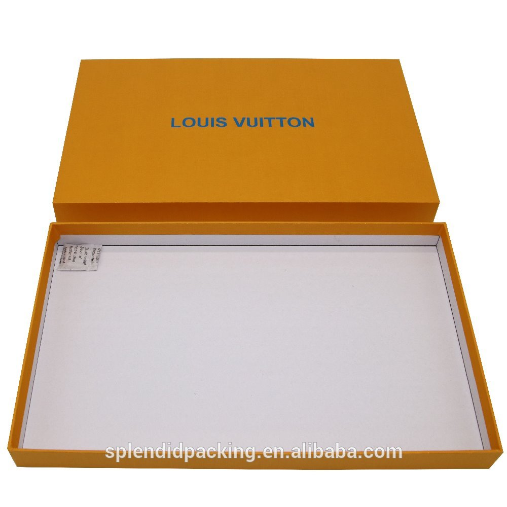 Custom Luxury Clothing Packaging Cardboard Boxes Apparel T Shirt Packaging Box