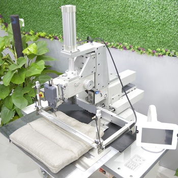 Automatic lock stitch pillow sewing machine for pillow cases cushion