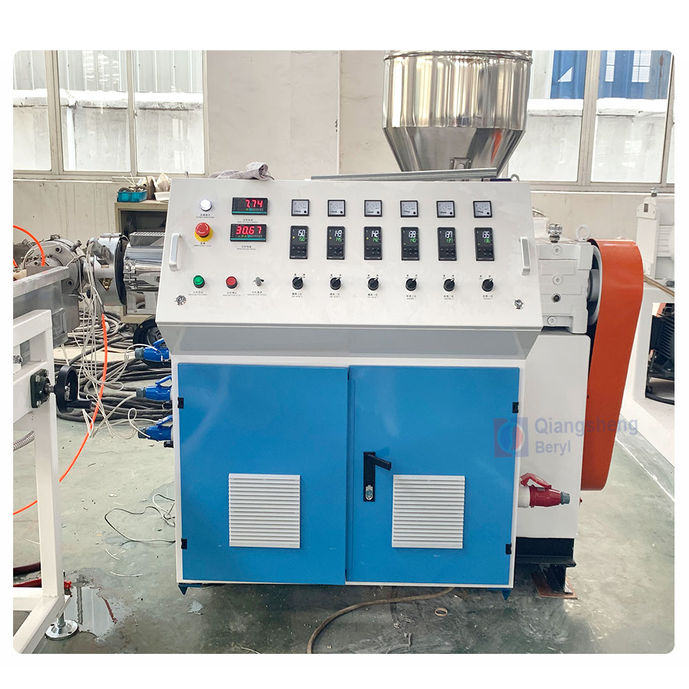 2019 New Custom Flexible soft PVC yarn reinforced garden hose extrusion machine