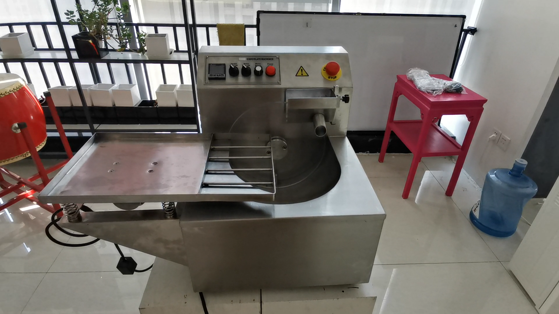 Pouring Chocolate Molding Machine Chocolate Molding line