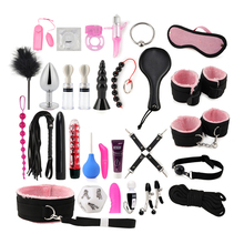 30 Pcs Sexy Lingerie Anale Kralen <span class=keywords><strong>Condooms</strong></span> Tepelklemmen Handboeien Zweep Touw Anale Vibrator Bondage Kits Set Voor Koppels Sex games