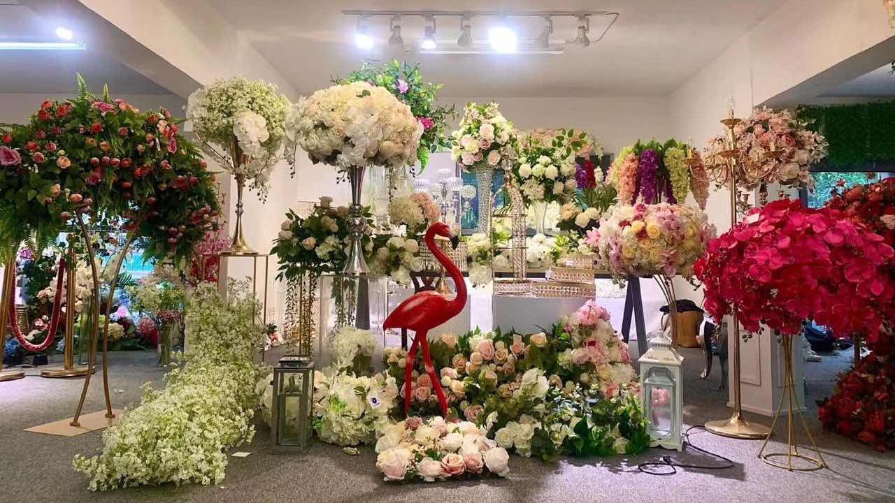 LFB097 Customized white decorative candelabra flower ball centerpiece for wedding table decoration