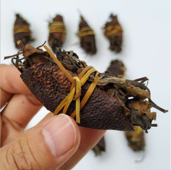 San Bao Cha Three Treasure Tea Dried Bundle of Tangerine Peel and Straw and White Tea Blend Tea - 4uTea   4uTea.com