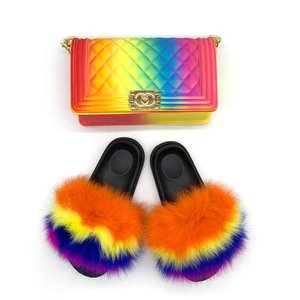 Custom indoor flush real soft raccoon outdoor shoes sandals black slippers wholesale jelly bag women fox fur slides for women