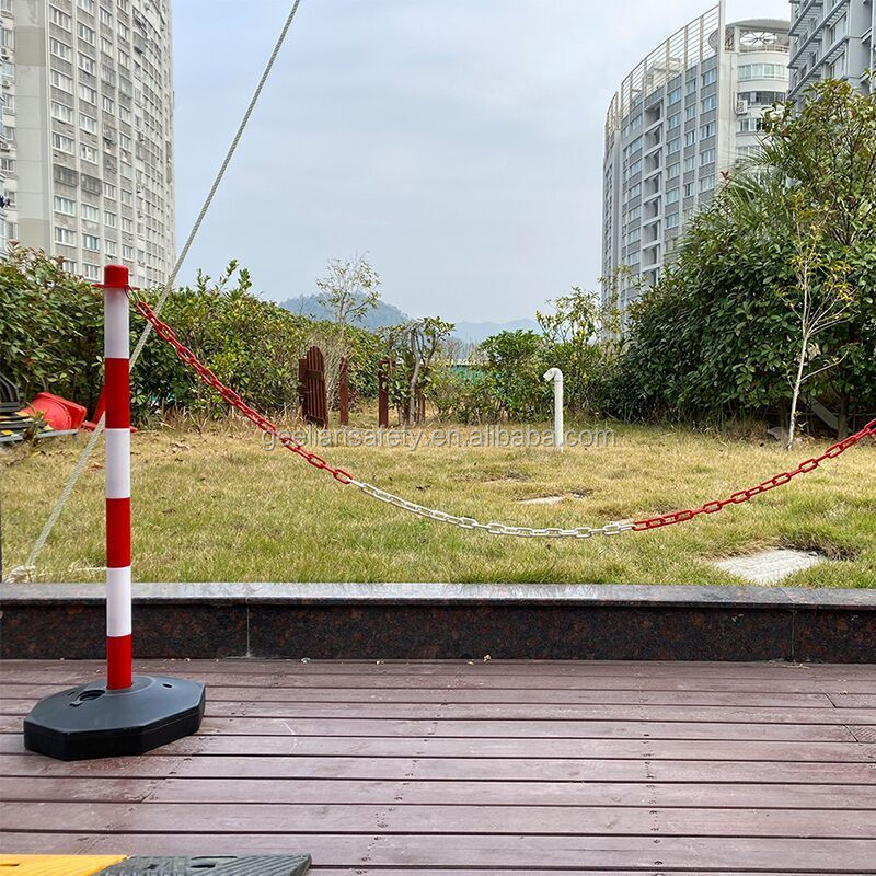 Water Filled Plastic Barrier/Removable Bollards with plastic chain