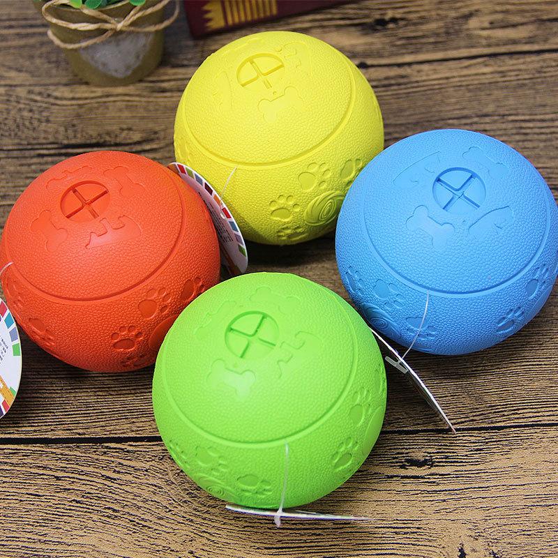 Mentolo in gomma tre-strato rotante di alimentazione palla 8 centimetri cane digrignamento dei denti durevole sfera del giocattolo