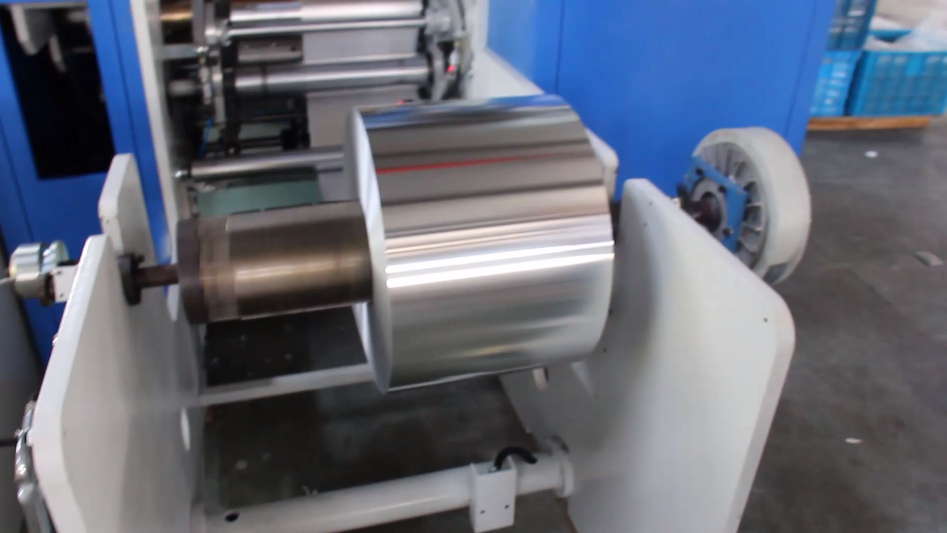 Aluminum jumbo roll for aluminum foil roll and container