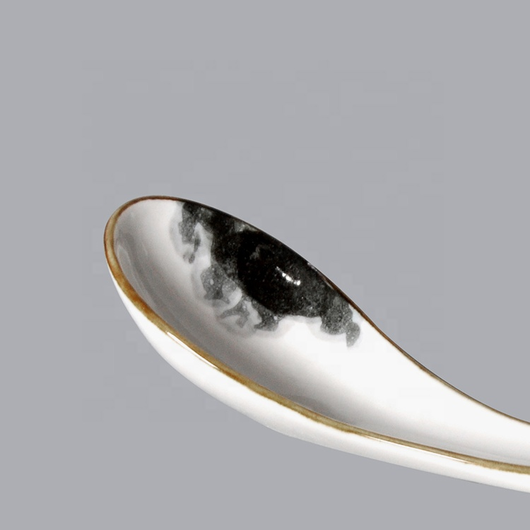 new design ceramic porcelain spoon for restaurant hotel