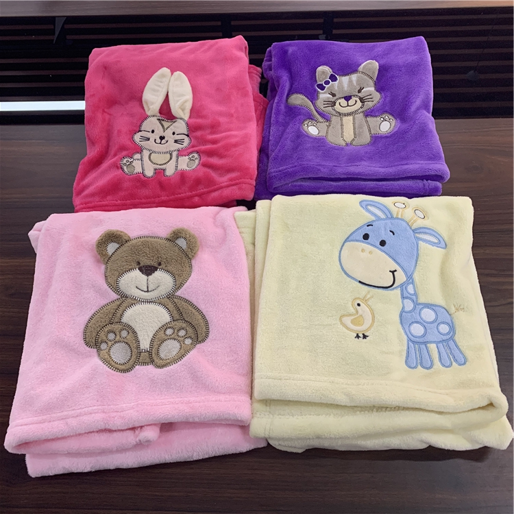 2020 Soft cheap cute embroidery flannel baby blanket