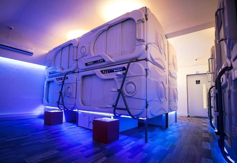capsule hotel sleep box modern container House ABS sleeping cells single capsule sleepbox hotel room