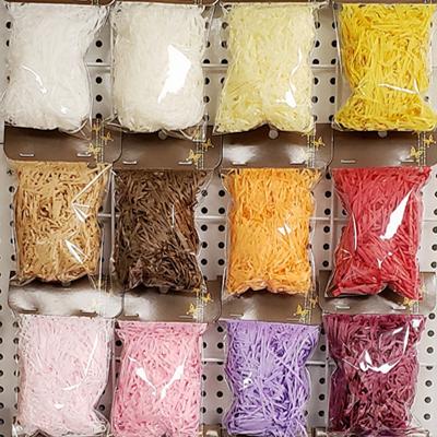 Оптовая продажа высокое качество декоративные Crinkle Cut Shredded Shred Бумага для подарочной коробки корзина наполнитель 5 г