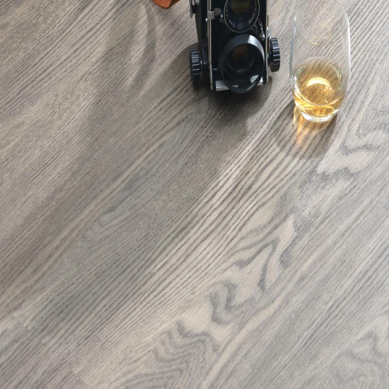 Sound barrier 7mm click Flexible comfortable WPC vinyl plank flooring