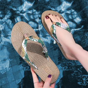 Custom printed designer bling  eco friendly grass bamboo straw beach flip flops for women