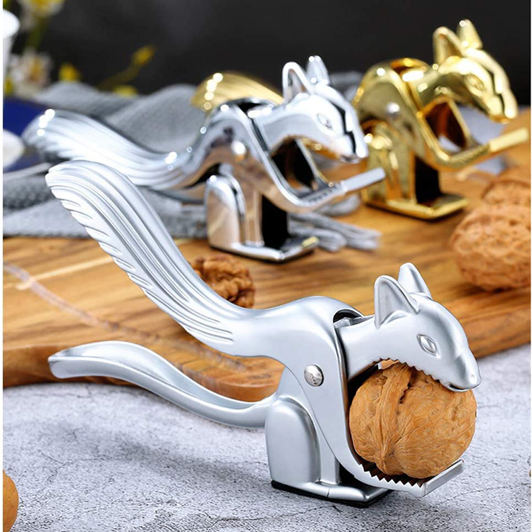 Hot Selling High Quality New Design 2020 Kitchen Gadget Zinc Alloy Palm Nut Cracker Tool