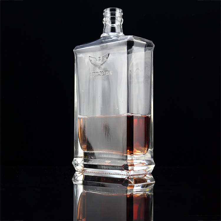 Fengming пустая Роскошная квадратная кристально чистая белая стеклянная бутылка для виски