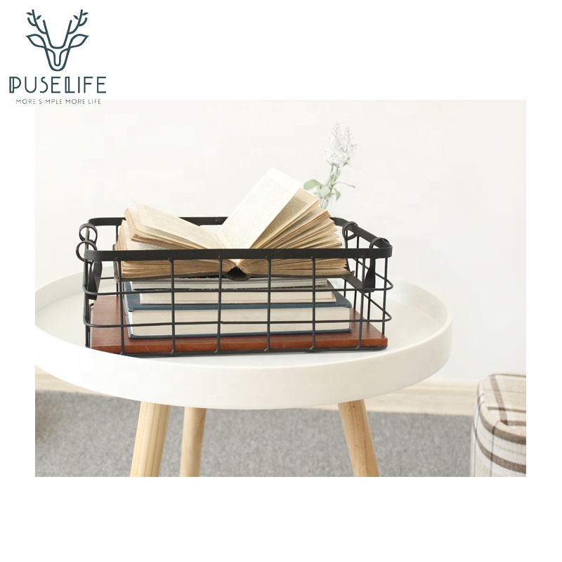 Wholesale high quality Handmade metal iron storage basket Wire Basket With Wooden Bottoms