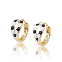 92050 Hot sale beautiful jewelry simply style huggies earrings cheap women jewelry